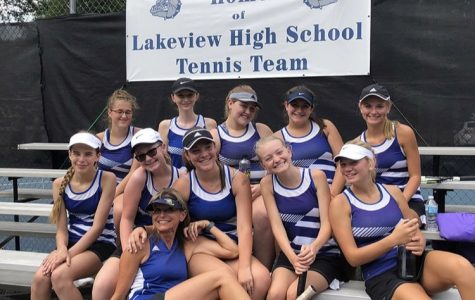 Girl's Tennis Goes to Districts