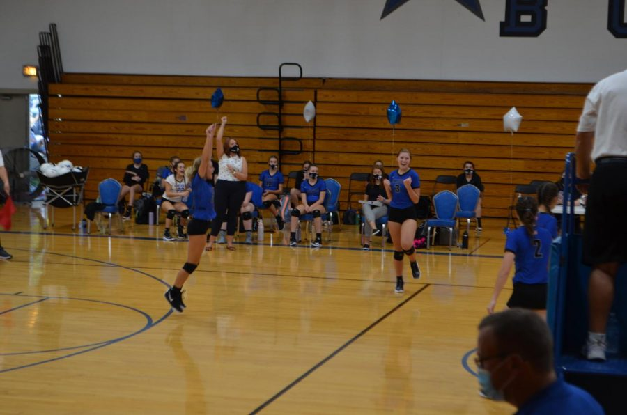 Bulldogs Undefeated Volleyball Team Spikes Again