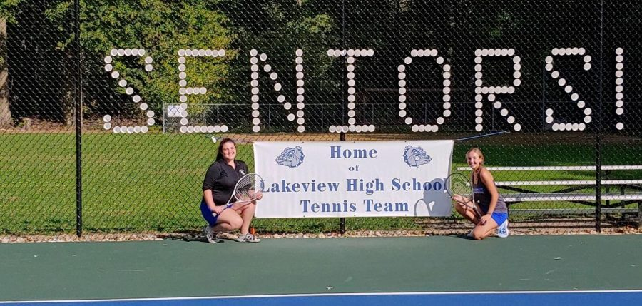Girls Tennis Serves Up a Fun Season
