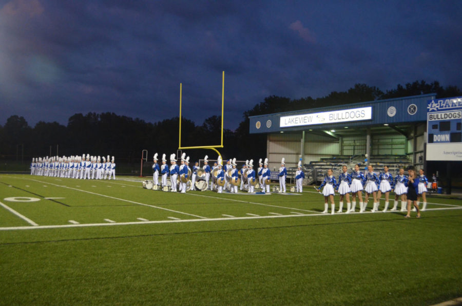 Lakeview+Band+Marches+the+Home+Field